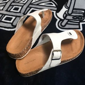 Sandals, great condition, size 9